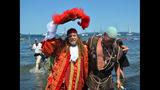 SeattleInsider: Seafair Pirates Storm Alki… - (10/25)