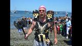 SeattleInsider: Seafair Pirates Storm Alki… - (3/25)