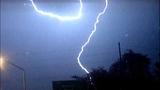 Thunderstorms trigger lightning strikes - (1/7)