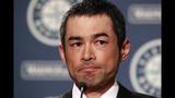 Ichiro Suzuki says goodbye to Seattle - (11/13)