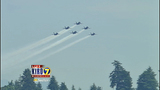 Blue Angels thrill thousands at 2012 show - (21/25)