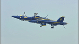 Blue Angels thrill thousands at 2012 show - (9/25)