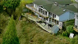 Homes sliding down Everett hillside - (6/10)