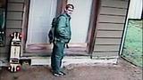 Surveillance images of 'longboarder' burglar - (2/12)