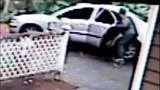 Surveillance images of 'longboarder' burglar - (1/12)
