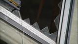 Trailer a mess of glass shards, splinters - (3/12)