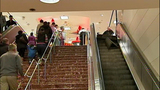 Escalator failure shocks holiday shoppers - (10/10)