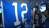 Fans show their '12th Man' in Seattle, D.C. - (12/20)