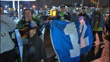 Fans greet returning Seahawks - (5/12)