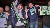 High-fives, hugs greet returning Hawks - (11/19)