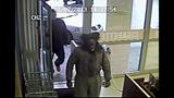 Duo of thieves raid liquor store - (6/6)