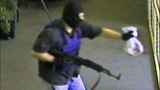 'AK-47 Bandit' caught on camera - (4/11)