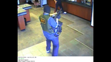 'AK-47 Bandit' caught on camera - (10/11)