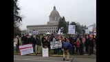 Many turn out for Olympia gun rally - (7/10)