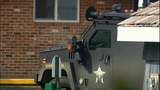 PHOTOS: SWAT team surrounds killer - (15/16)