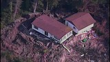 Whidbey Island homes threatened by landslide - (3/21)