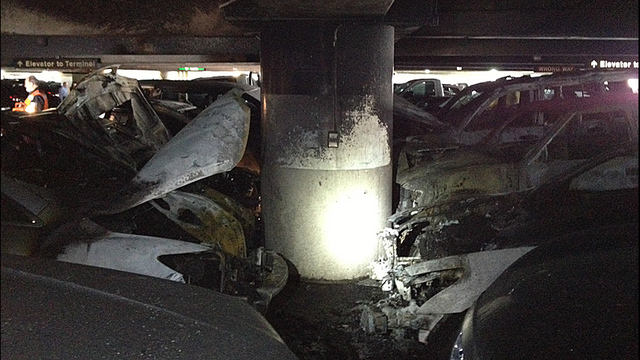 Eight Cars Destroyed 10 Damaged In Sea Tac Airport Garage