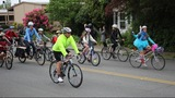 Scenes from National Bike to School Day in Seattle - (2/8)