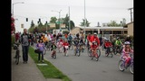 Scenes from National Bike to School Day in Seattle - (8/8)