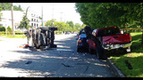 Speeding SUV crashes into parked cars - photos - (8/8)