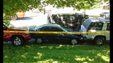 Speeding SUV crashes into parked cars - photos - (2/8)