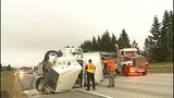 Flipped semi truck halts traffic in Snohomish… - (11/16)