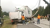Flipped semi truck halts traffic in Snohomish… - (2/16)