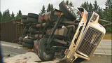 Flipped semi truck halts traffic in Snohomish… - (5/16)