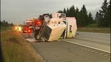 Flipped semi truck halts traffic in Snohomish… - (1/16)