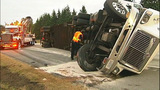 Flipped semi truck halts traffic in Snohomish… - (12/16)