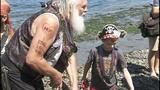 Seafair Pirates land at Alki Beach - (5/10)