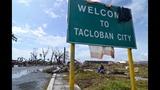Photos: Super typhoon devastates Philippines - (24/25)