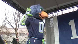 PHOTOS: 12th Man goes crazy at Seahawks rally - (22/25)