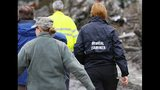 PHOTOS: Responders at scene of deadly Oso mudslide - (3/25)