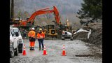 PHOTOS: Responders at scene of deadly Oso mudslide - (1/25)