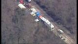 PHOTOS: Chopper 7 over devastating landslide - (16/25)