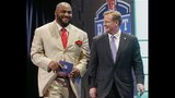 PHOTOS: Seahawks fans celebrate 2014 NFL Draft - (13/25)