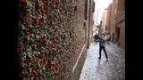 SeattleInsider: PHOTOS of storied gum walls - (22/25)