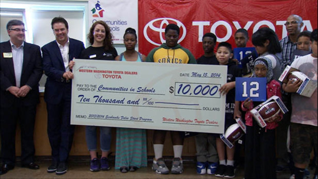 The Western Washington Toyota Dealers Ociation Celebrated Seahawks Championship Season With A 10 000 Donation Thursday To Communities In Schools Of