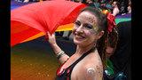SeattleInsider: PHOTOS: 2014 Seattle Pride Parade - (12/25)