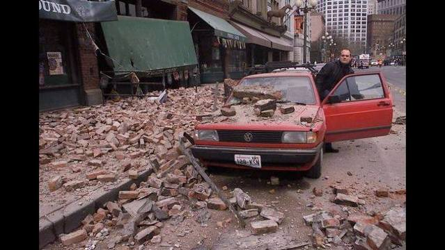 Seattle's Pioneer Square after the Nisqually earthquake on Feb. 28, 2001. (AP Photo/Stevan Morgain)