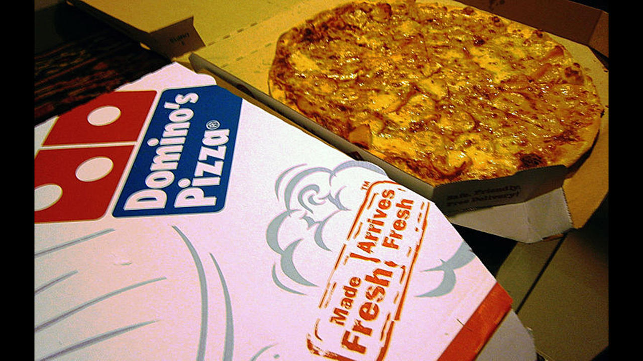 Auburn man claims wire found in Domino's pizza sent him to the