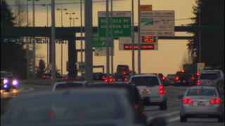 Bill would enable Wash. motorcyclists to move around stalled traffic