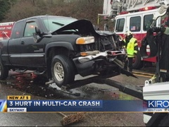 3 people injured in Renton collision