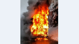 Bus carrying kids catches fire along Mount Baker Highway