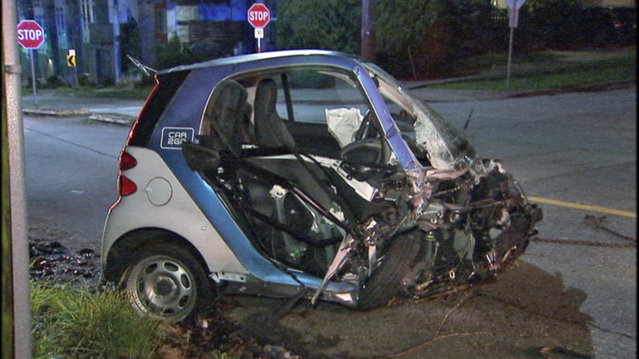 Car To Go Seattle >> Driver Of Car2go Vehicle Flees After Crash Kiro Tv