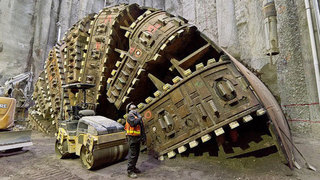 What happens if Bertha breaks down under the viaduct?