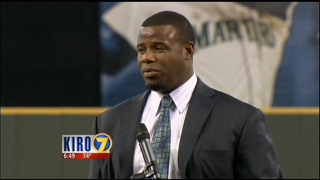 ec551dfd63 VIDEO: Ken Griffey Jr. inducted into the Mariners Hall of Fame