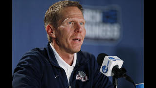 Coach Mark Few wants Gonzaga to keep chip on its shoulder