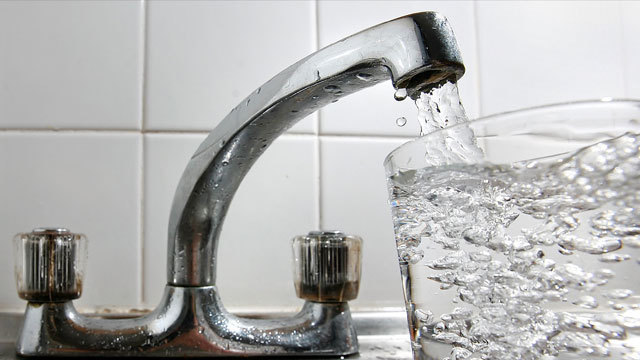 Anxious about lead in water, Seattle issues advisory